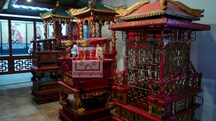 柔佛古庙Johor Old Chinese Temple Chairs